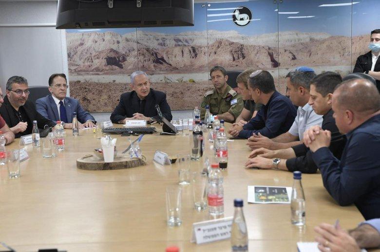 Véget érhet a rakétaháború: az izraeli biztonságpolitikai kabinet megszavazta a tűzszünet elfogadását