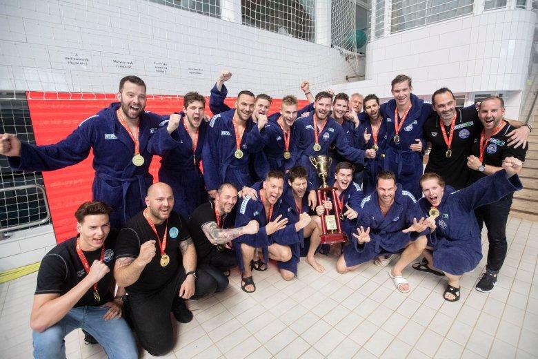 Vízilabda: az Eurokupa után a magyar bajnoki címet is elhódították Nagy Viktorék