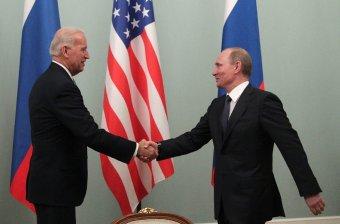 """Putyint nem foglalkoztatja, hogy Biden """"legyilkosozta"""", de szerinte mélyponton az orosz–amerikai kapcsolatok"""