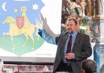 Meg kell küzdeni a címerhasználatért – Szekeres Attila István heraldikus a jelkép-elismertetés hosszas folyamatáról
