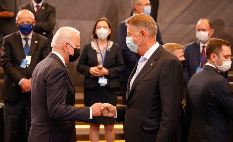NATO-csúcs: közös front Oroszország és Kína ellen, Iohannis Bukarestbe hívta Joe Bident