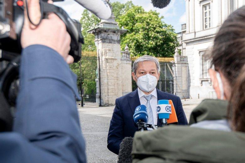 Cioloş nem akar a PSD-vel és az AUR-ral tárgyalni a parlamenti többség kialakításáról