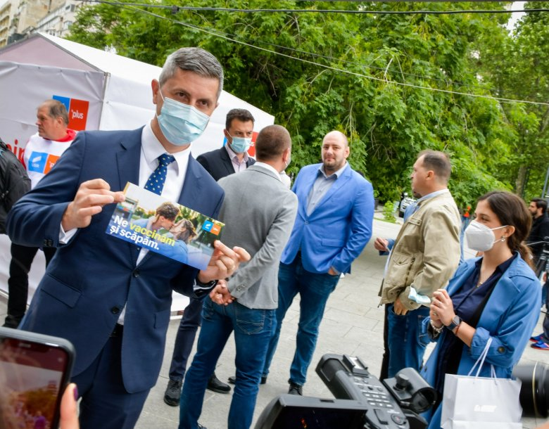 Szankcionálná az oltásellenes orvosokat a román kormány miniszterelnök-helyettese