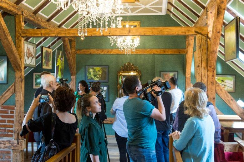 Művészeti galéria nyílt a hajdani mezőszentandrási gabonaraktárban