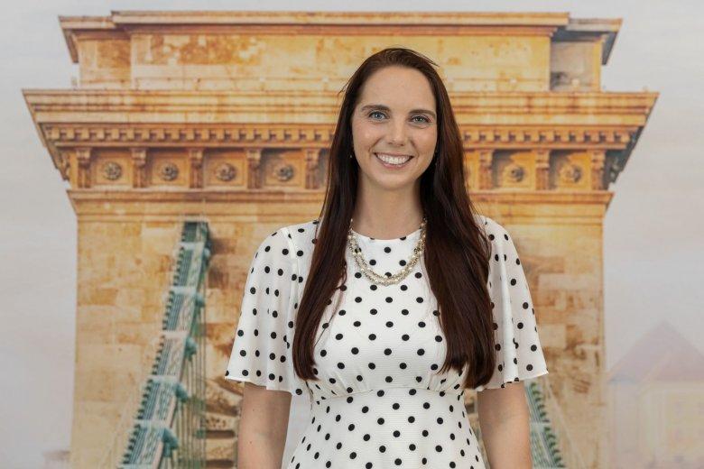 Elkelne egy megafon az erdélyi magyarságnak: Nicole Nemeth amerikai jogász, kutató a kisebbségek helyzetéről