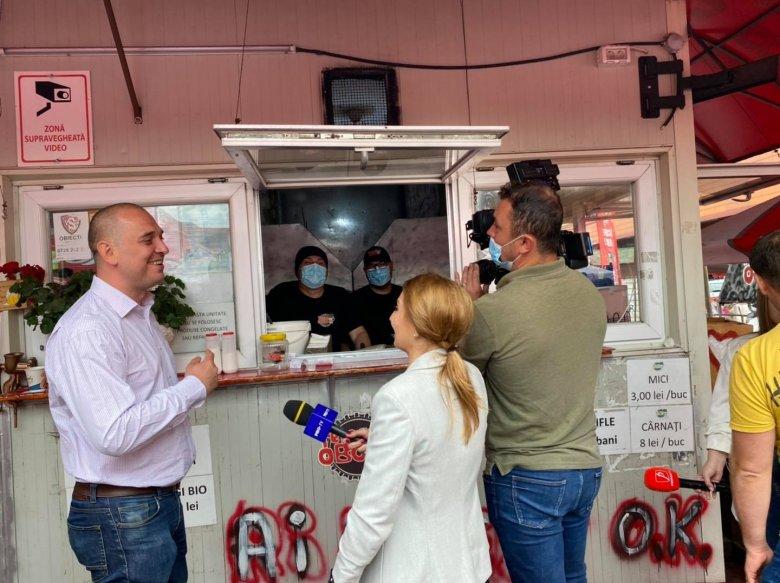 """Még az ingyen miccs sem hozza meg az oltakozási """"étvágyat"""", kevesebb mint 20 ezren igényelték az első dózist"""