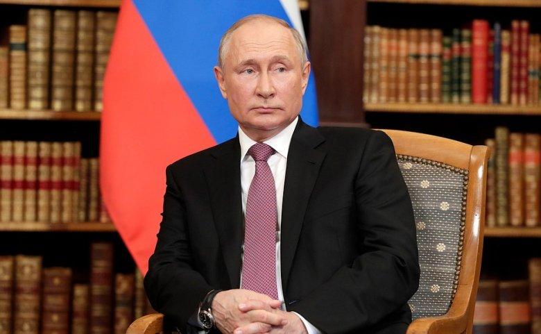 """Vlagyimir Putyin szerint a Krím félsziget """"kilépett"""" Ukrajnából"""