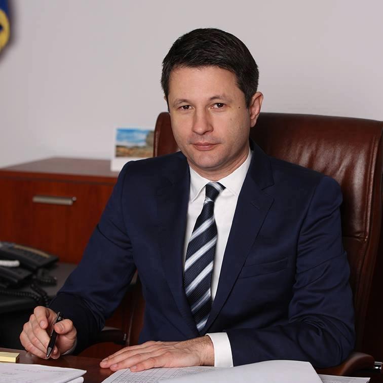 Bűnvádi eljárás megindítását kéri a volt energiaügyi miniszter ellen Klaus Iohannis államfő