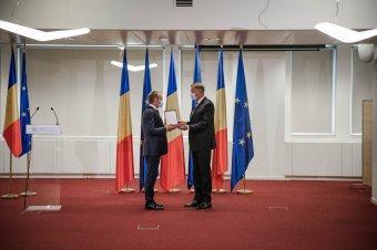 A Románia Csillaga érdemrenddel tüntették ki Donald Tuskot, az Európai Néppárt elnökét