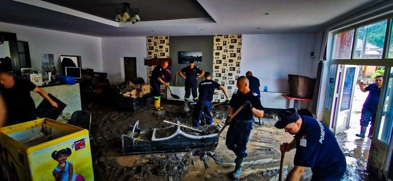 Nem javul az árvízhelyzet Fehér megyében, újabb vörös riasztást adtak ki