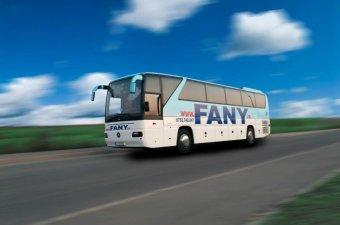 Megtiltotta a magyar beszédet járatán a Fany busztársaság sofőrje