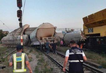 Elaludt az ittas mozdonyvezető – ez okozhatta a Ialomița megyei vonatbalesetet a közlekedési miniszter szerint