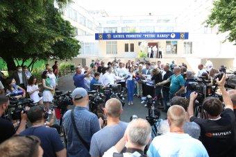 Tarolt Maia Sandu nyugatbarát pártja a moldovai előre hozott választásokon, az AUR alig 0,5 százalékot kapott