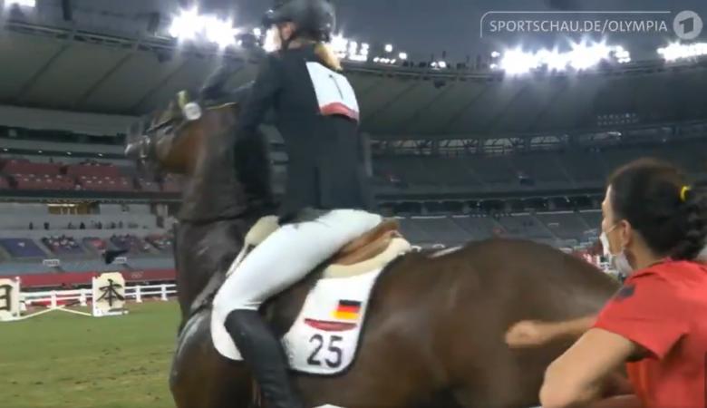 Kizárták a lovat megütő német öttusaedzőt a tokiói olimpián