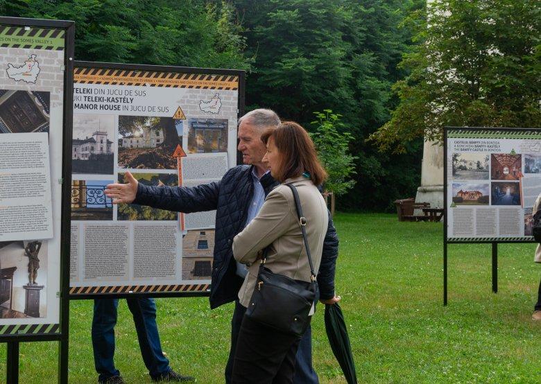 Utazó kiállítás tekinthető meg Szamos menti kastélyokról, várakról Kolozsváron