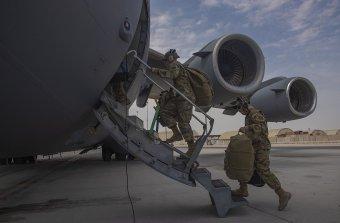 Aggódik a Pentagon, a NATO elkötelezett marad az afganisztáni konfliktus politikai megoldása mellett