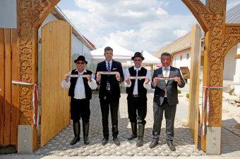 Szilágyi Péter: a bukovinai székelyek otthonra találtak Bátaszéken