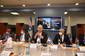 Izrael szerint Irán karnyújtásnyira van attól, hogy az atombombához szükséges mennyiségű hasadóanyagot állítson elő