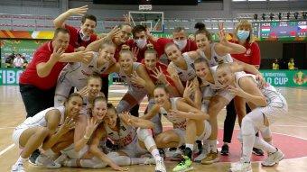 A toronymagas favorit amerikaiakkal játszanak a házigazda magyarok az U19-es női kosár-vb elődöntőjében