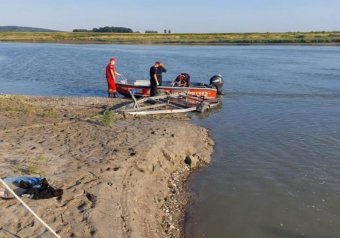 Tragédia Bákó megyében, öt fiatal lelte halálát a Szeret folyóban
