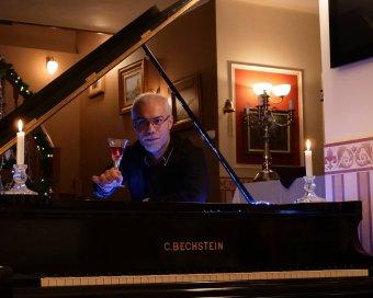Rekorddöntésre készül Thurzó Zoltán nagyváradi zongoraművész
