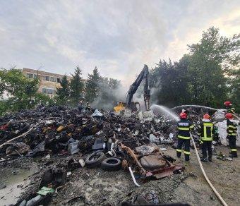 Heves tűz ütött ki egy zilahi hulladékfeldolgozónál, a lakókat a Ro-Alerten keresztül figyelmeztették