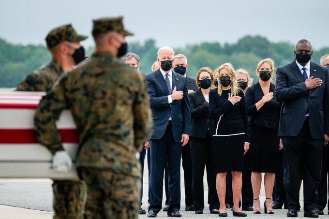 """Biden """"rendkívül sikeresnek"""" tartja az amerikai történelem leghosszabb háborújának mentőmisszióját"""