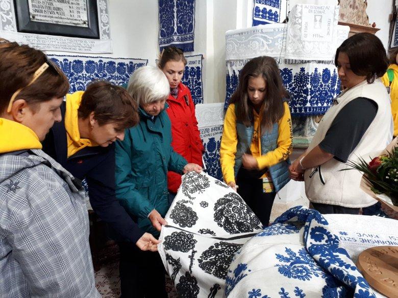A Vigyázó-csúcsot is meghódították a bölcs diákok a kalotaszegi élménytáborban