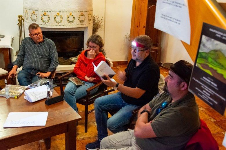 """""""Vannak vidékek"""" – Harminc szerző részvételével tartottak írótábort Sztánán"""
