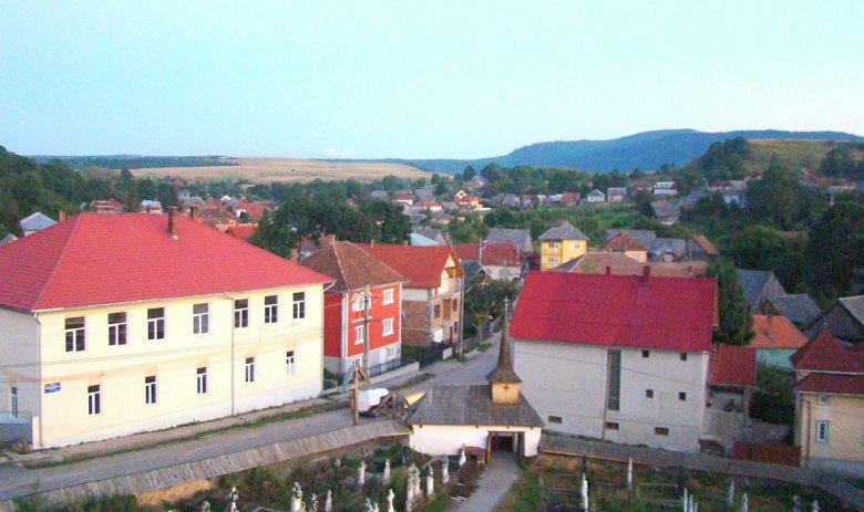 Nyolc fertőzött miatt korlátozások léptek érvénybe egy erdélyi községben, a negyedik hullámban elsőként az országban