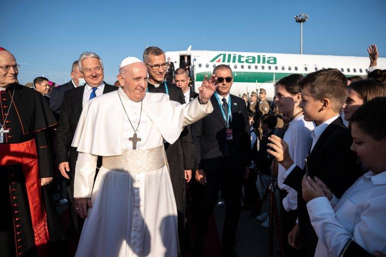 """Ferenc pápa úgy értékeli, """"az európai gyökerekhez tért vissza"""" Budapesten és Szlovákiában"""