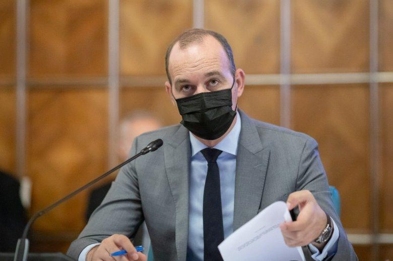 Nem tudja a frissen kenyérbe esett román pénzügyminiszter, mekkora a minimálbér