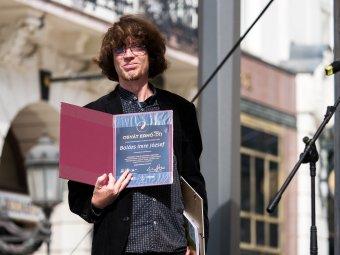 Szerkesztőség nélkül elképzelhetetlen a szerkesztői munka: Balázs Imre József frissen kapott Osvát Ernő-díjáról