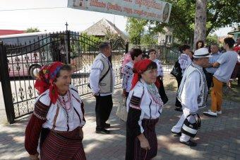 Itthon is van jövőjük a csángóknak: egyre többen térnek haza külföldről a moldvai településekre