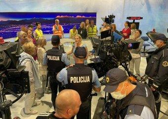 Oltásellenesek elfoglalták a szlovén köztévé stúdióját, a kormányfő elítélte az akciót