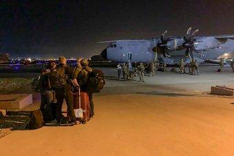 Cáfolta az ukrán külügyi szóvivő, hogy a tálibok elfoglalták volna az egyik evakuációs repülőgépet