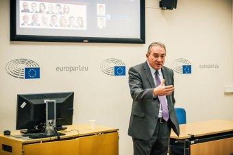 Kisebbségek is hozzászólhatnak Európa jövőjéhez
