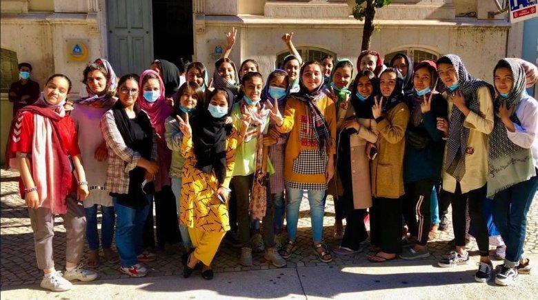 Külföldre menekült az afgán női ifjúsági labdarúgó-válogatott is