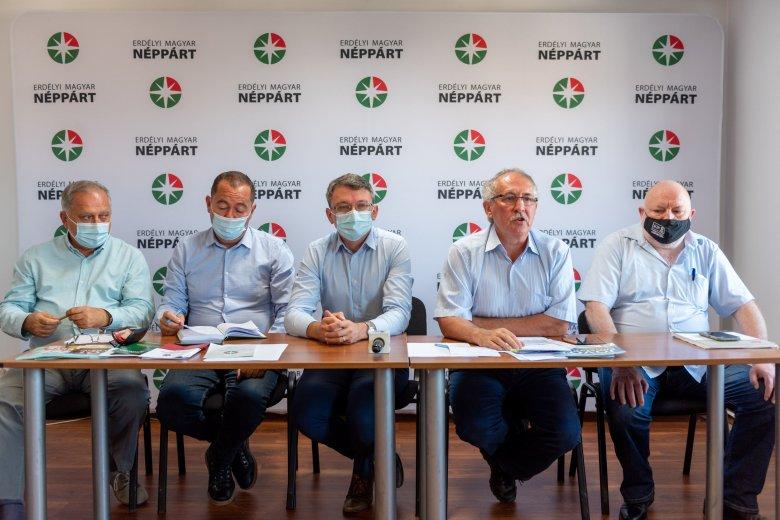 Szülinapi kilátások: helyi szinten versenyre, országosan együttműködésre készül a tízéves Erdélyi Magyar Néppárt