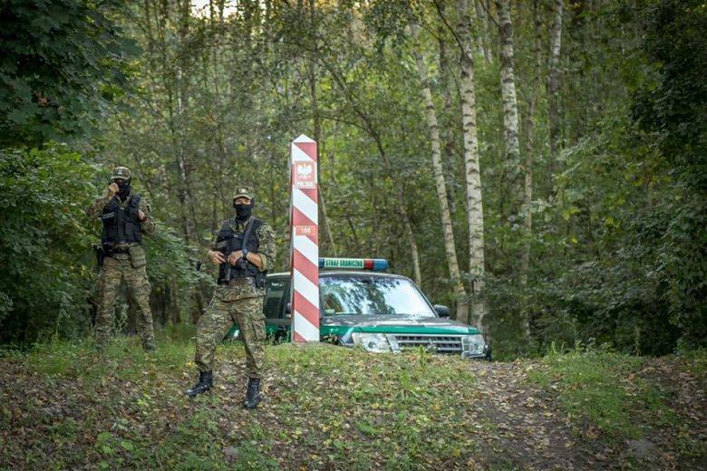 Több illegális bevándorlót holtan találtak a lengyel-fehérorosz határ közelében