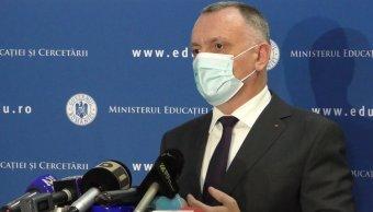 Kényszervakáció jöhet az iskolákban, a miniszter szerint a járványhelyzethez kell igazítani a tanévstruktúrát