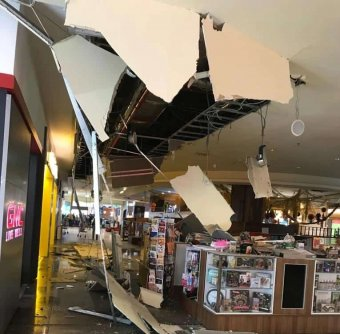 Beszakadt a kolozsvári Iulius Mall mennyezete