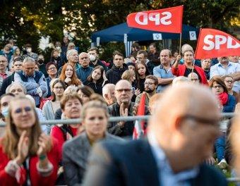 A szociáldemokraták győztek a németországi parlamenti választáson
