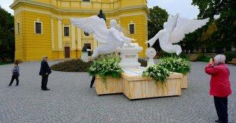 Üzenet NEKtek! Példaértékű ökumenikus találkozót szervezett a katolikus és a református egyház Nagyváradon