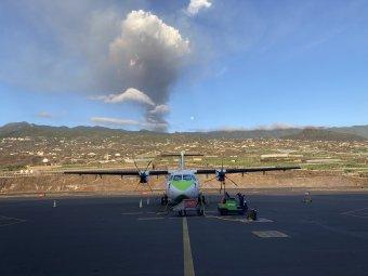 Már a légikikötőt is lezárták a vulkánkitörés miatt La Palma szigetén