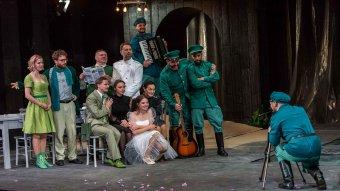 Szép fesztivál elé néznek Brassóban: szerdán kezdődik a Cenk alatti városban az ötnapos magyar színházi szemle