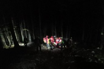 Szakadékba zuhant egy férfi a Bucsecs-hegységben, a mentőakció csaknem tizenöt órát tartott