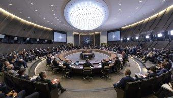"""A NATO """"szintet lép"""" védelmi képességei terén az orosz rakéták miatt"""