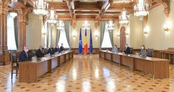 Az USR Cioloşt jelöli a miniszterelnöki tisztségre, a PNL már nem akar velük kormányozni