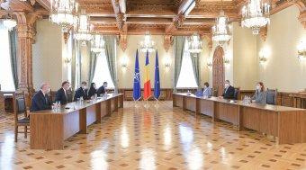 A PSD az előre hozott választások kiírását pedzegette az államfőnek